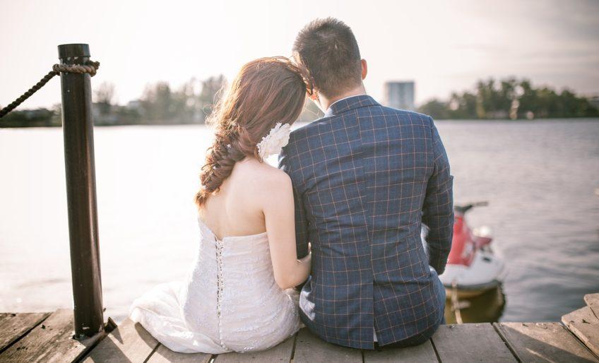 couple-2162950_1280 (1)